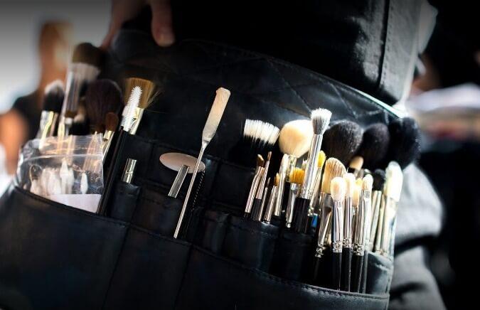 Lux it sydney_makeup set image (1)